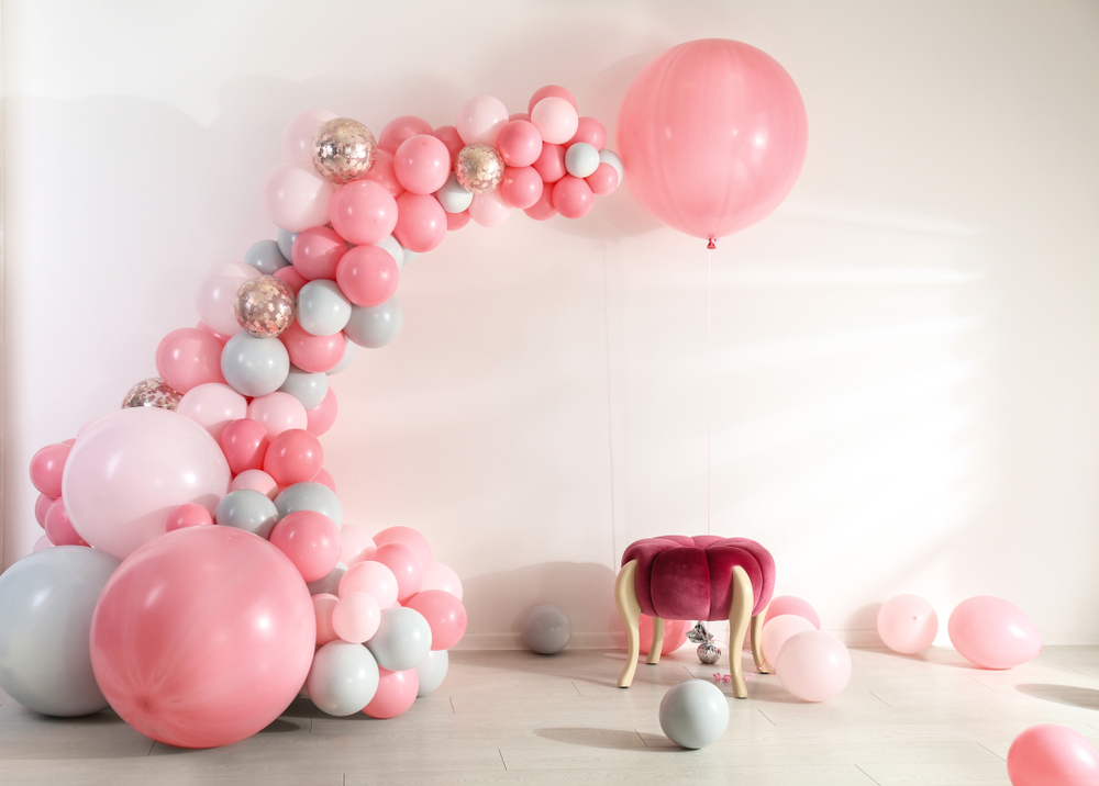 How to Create a Memorable Photobooth Backdrop